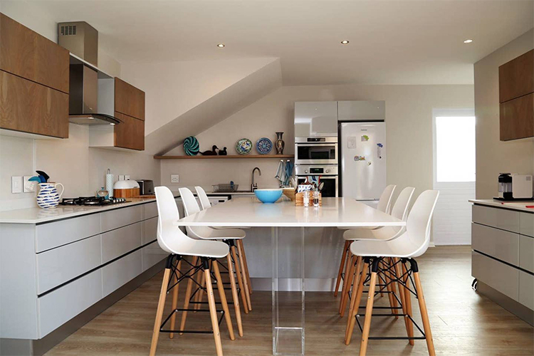 157 Sixth Street Kitchen Hermanus Accommodation