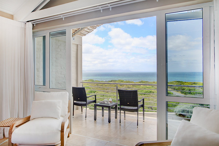 Abalone Guest Lodge View Hermanus Accommodation
