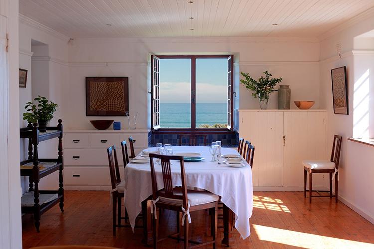 La Gratitude Villa Kitchen Hermanus Accommodation