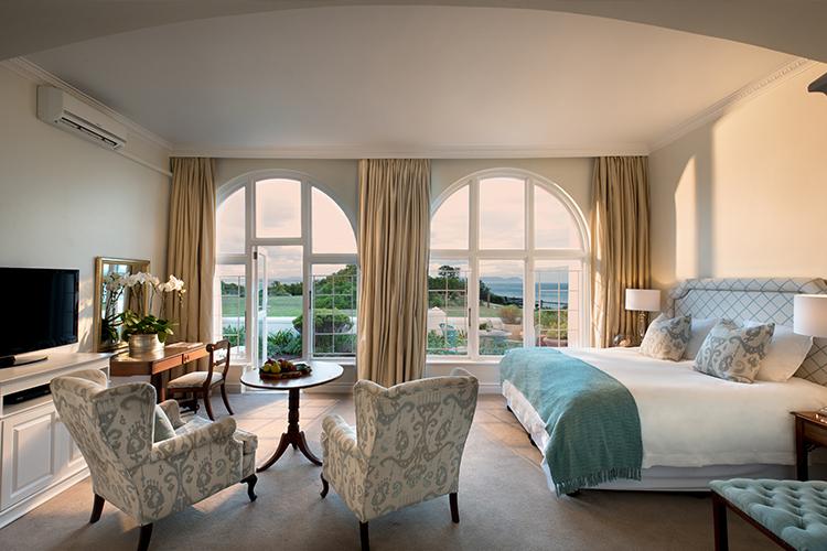 The Marine Bedroom Hermanus Accommodation