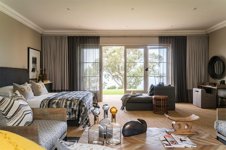 The Thatch House Bedroom Hermanus Accommodation