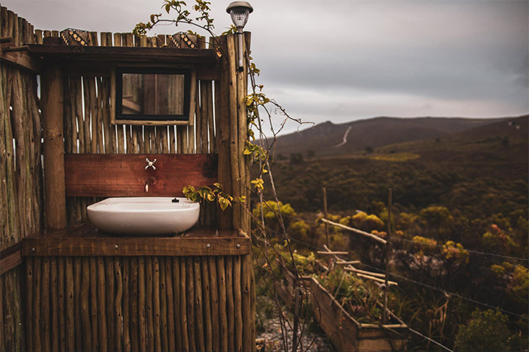 Best Glamping in The Western Cape: Kwelanga Bathroom