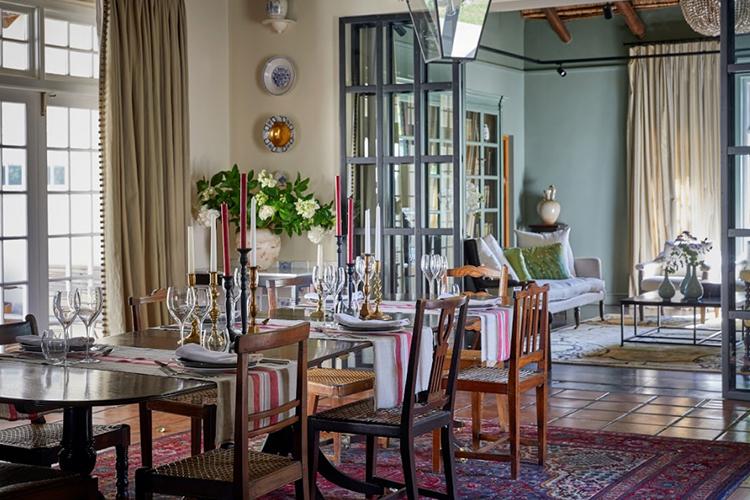 La Clé Lodge Dining Room