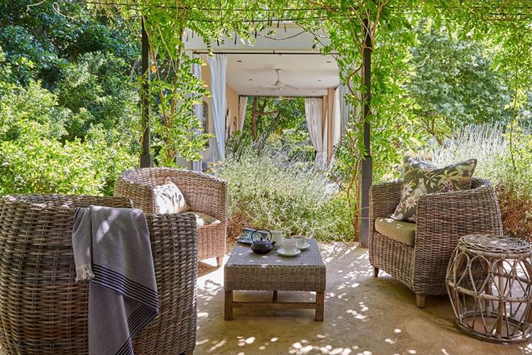 La Clé Lodge Garden Room Patio
