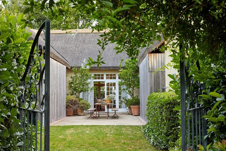 La Clé Lodge Garden Room