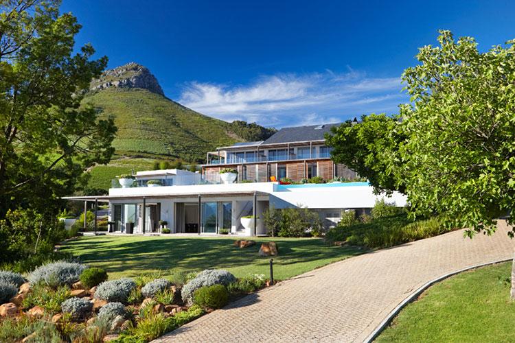 Clouds Estate Winelands Accommodation
