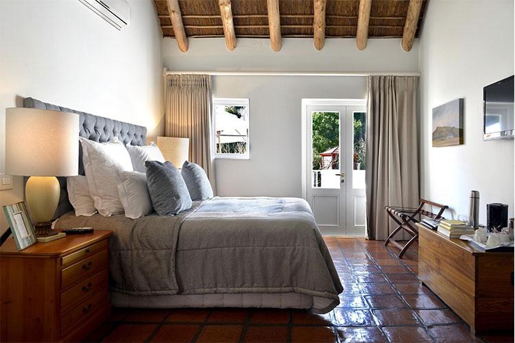 Holden Manz Room Winelands Accommodation