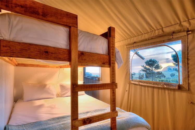 Weekend Getaways Cape Town: AfriCamps at Stanford Hills Bedroom