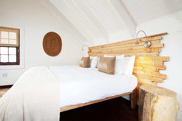 Weekend Getaways Cape Town: Gonana Guesthouse Bedroom
