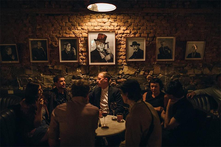 Hanks Olde Irish Bars in Cape Town
