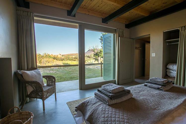 Weekend Getaways Cape Town: Kromrivier Cederberg Park Bedroom
