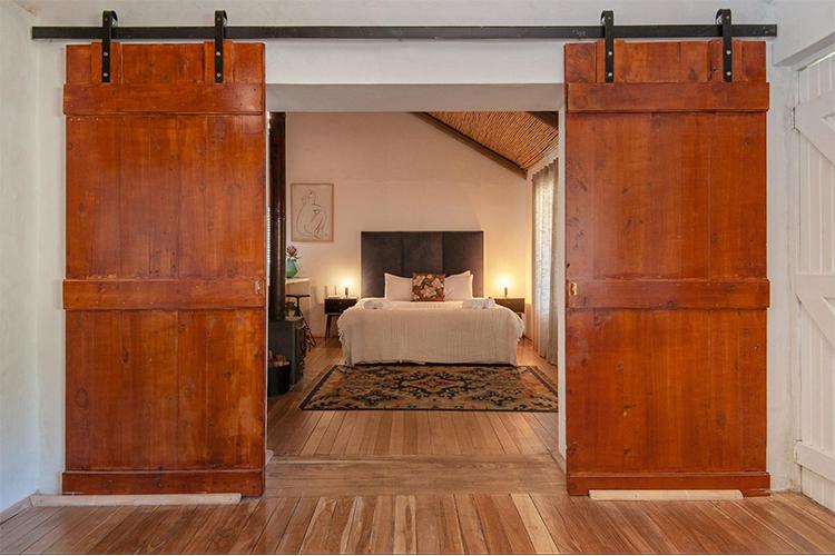 Weekend Getaways Cape Town: Stanford Valley Guest Farm Bedroom