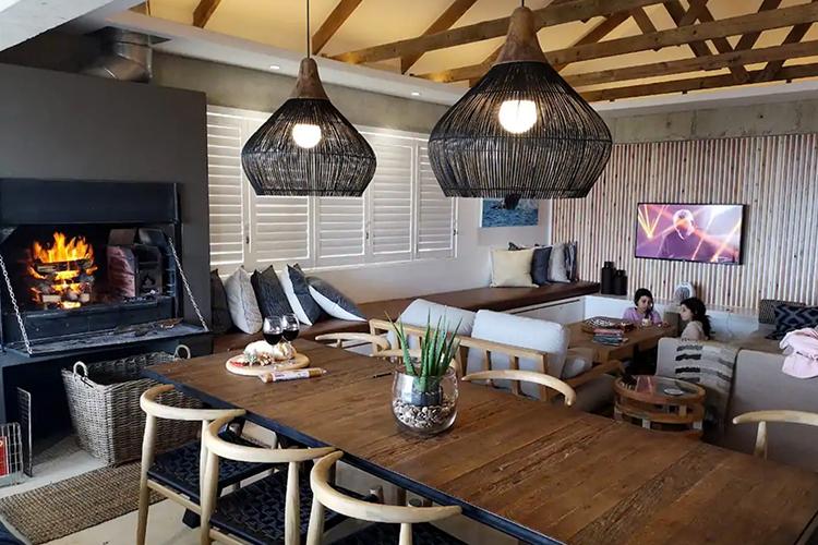 Weekend Getaways Cape Town: Troon Beach Cottage Interior