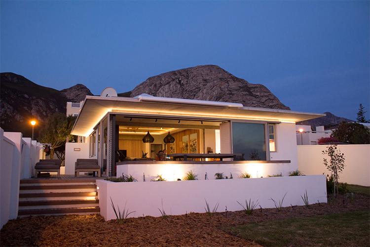 Weekend Getaways Cape Town: Troon Beach Cottage