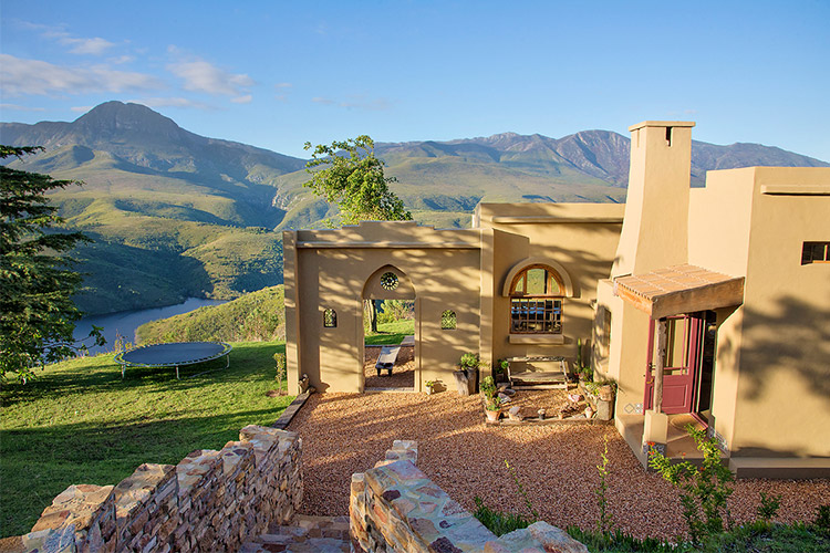 Secluded Getaways in The Cape: Akasha Mountain Retreat
