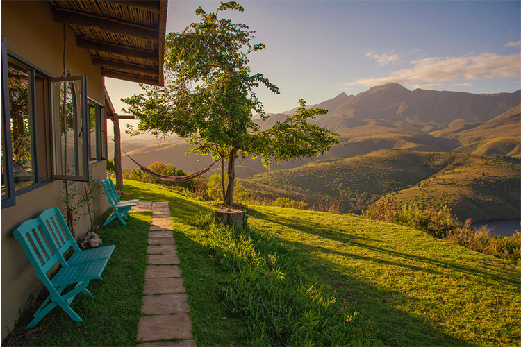 Secluded Getaways in The Cape: Akasha Mountain Retreat View