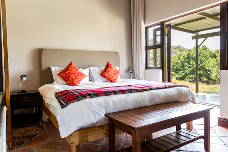Secluded Getaways in The Cape: Cederkloof Botanical Retreat Bedroom