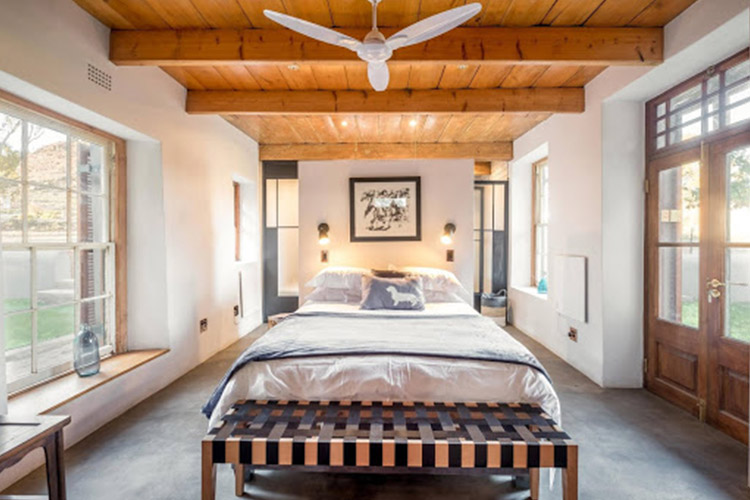 Secluded Getaways in The Cape: Die Aap Farm Lodge & Private Nature Reserve Bedroom