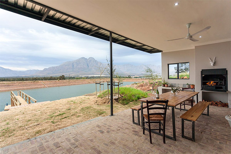 Secluded Getaways in The Cape: Famtin at Riverstone House Outdoor Area