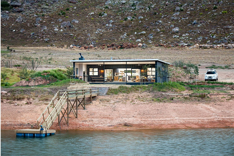 Secluded Getaways in The Cape: Famtin at Riverstone House