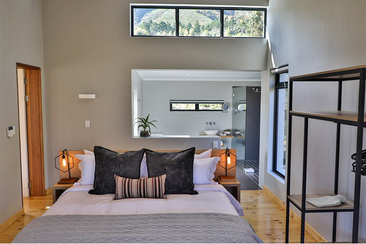 Secluded Getaways in The Cape: Opstal Stay Bedroom