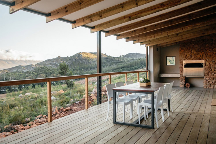 Secluded Getaways in The Cape: Opstal Stay Deck