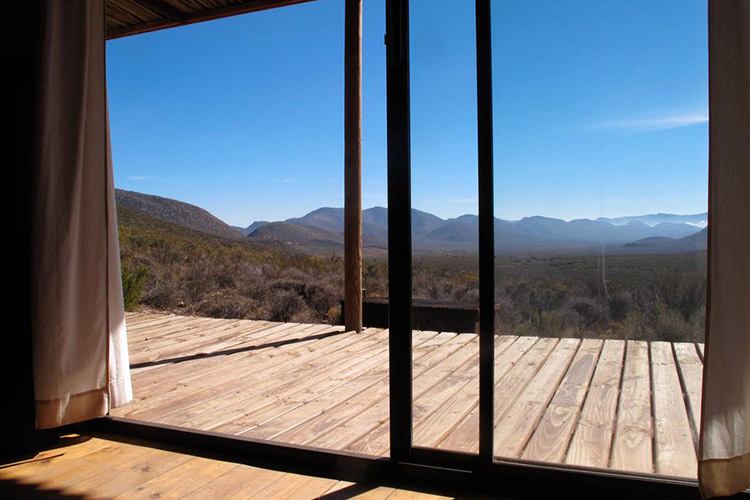 Secluded Getaways in The Cape: Rheboksvlakte Cottage at Gecko Rock Private Nature Reserve View