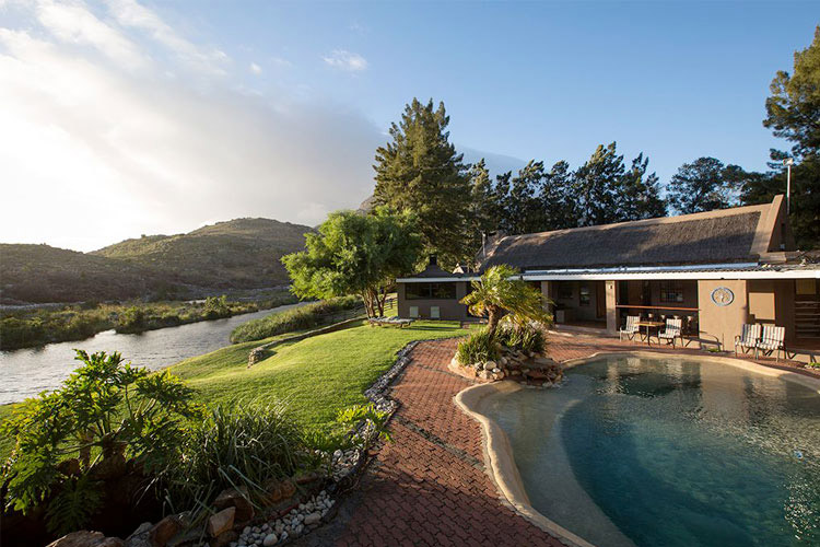 Secluded Getaways in The Cape: Rivers Own Guest Lodge