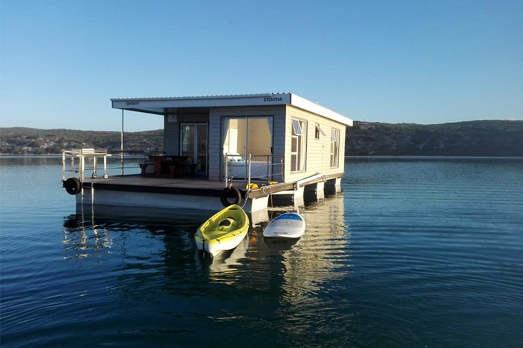 Secluded Getaways in The Cape: Serenity Houseboat