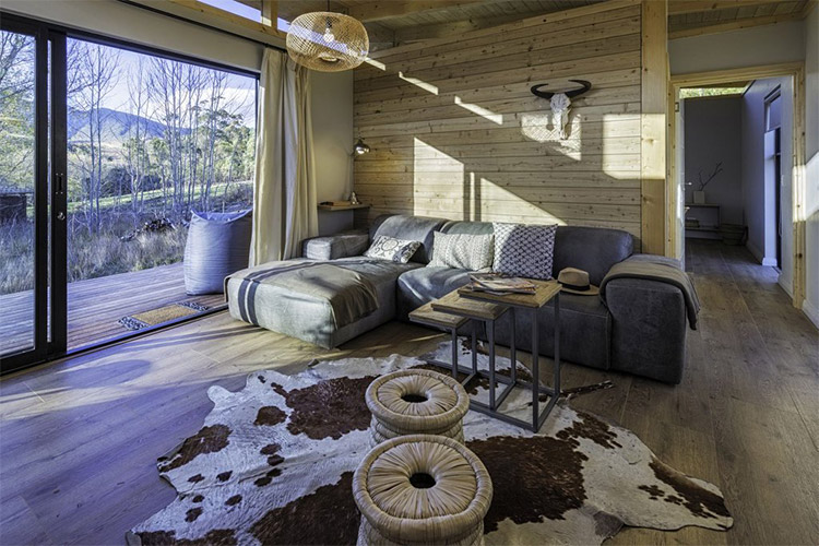 Secluded Getaways in The Cape: Sondagskloof Lounge
