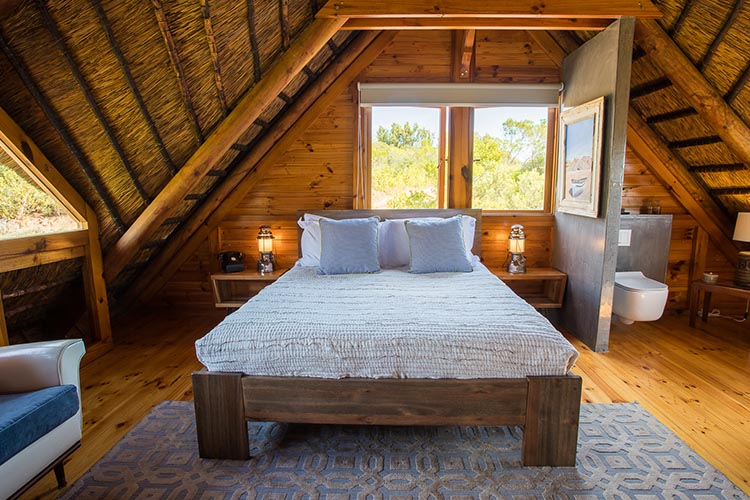 Secluded Getaways Western Cape: Tulbagh Mountain Cabin Bedroom