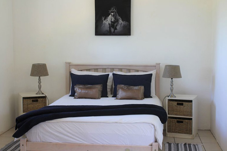 Secluded Getaways in The Cape: Welbedacht Nature Reserve Cottage Bedroom