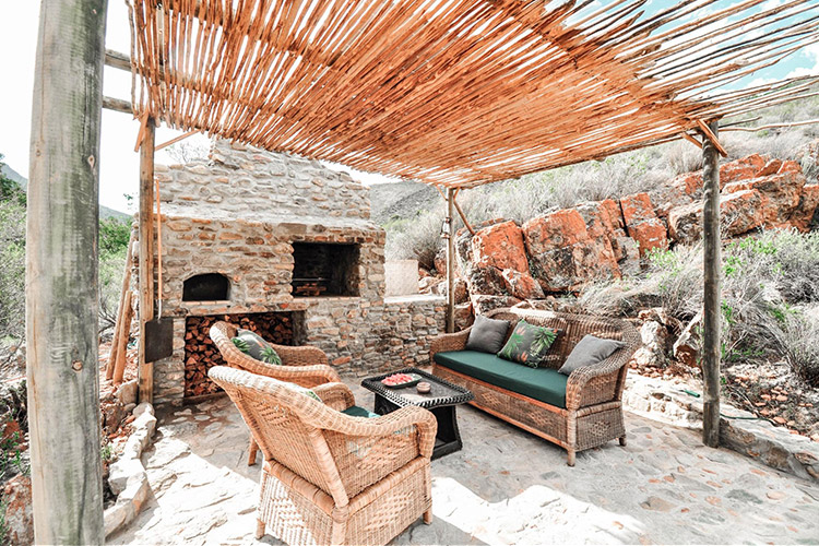Secluded Getaways in The Cape: Wolwehoek Private Nature Reserve Outdoor Seating