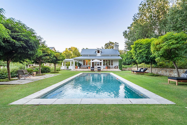 Best Cape Town Hotels: Arambrook Boutique Hotel Pool