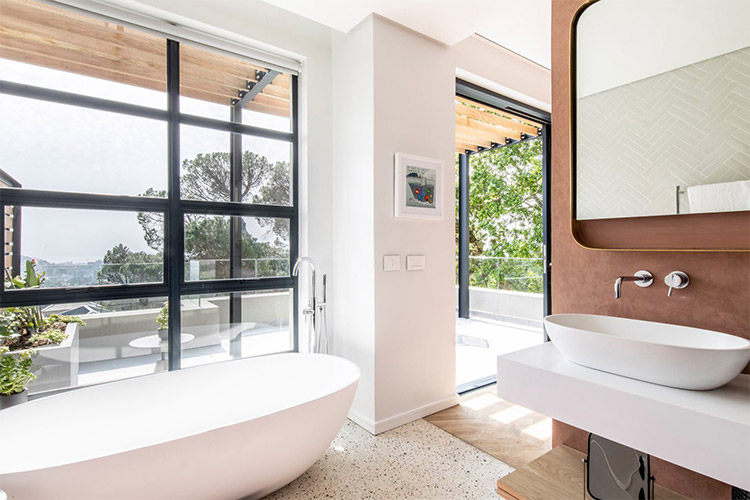 Best Cape Town Hotels: Camissa House Bathroom