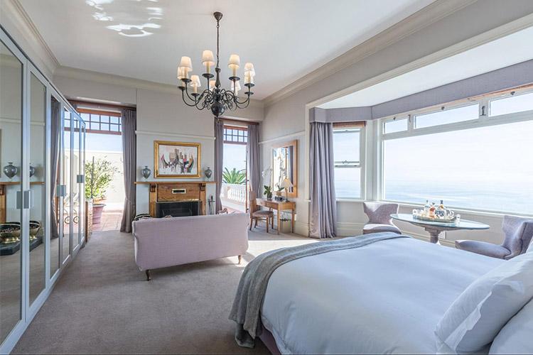 Best Cape Town Hotels: Ellerman House Bedroom
