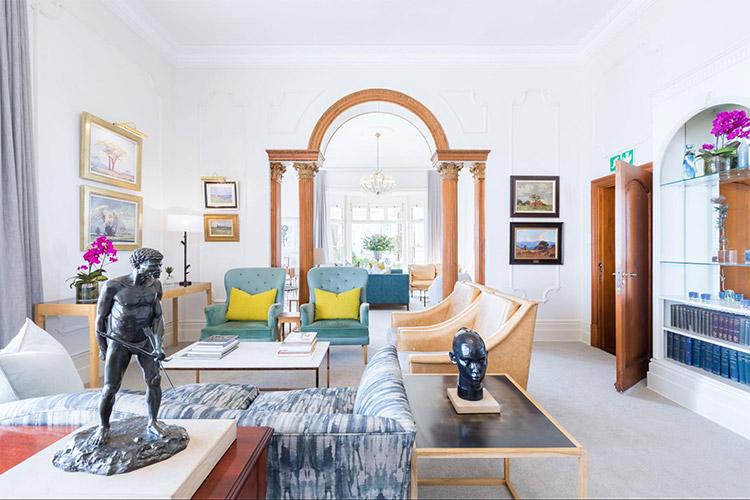 Best Cape Town Hotels: Ellerman House Interior