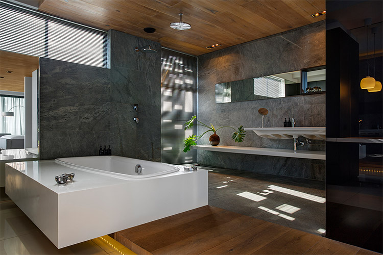 Best Cape Town Hotels: POD Camps Bay Bathroom