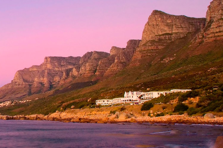 Best Cape Town Hotels: The Twelve Apostles Hotel Setting