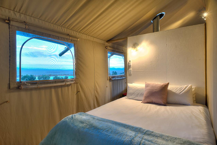 Pet-Friendly Getaways Western Cape: AfriCamps at Stanford Hills Bedroom