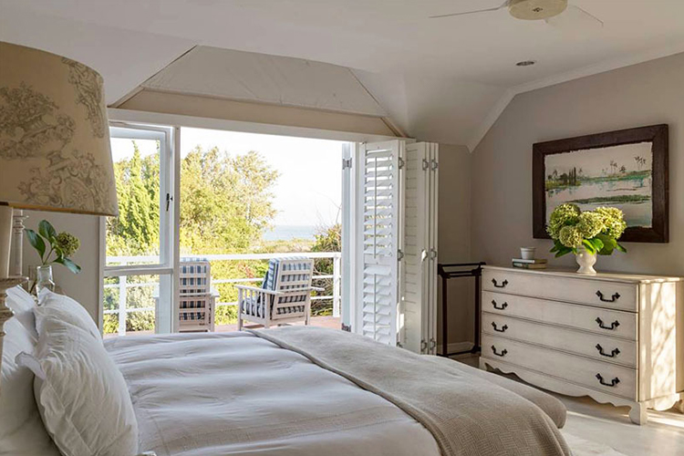 Pet-Friendly Getaways Western Cape: Protea House Bedroom