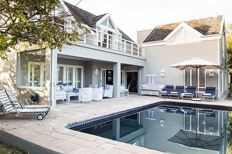 Pet-Friendly Getaways Western Cape: Protea House