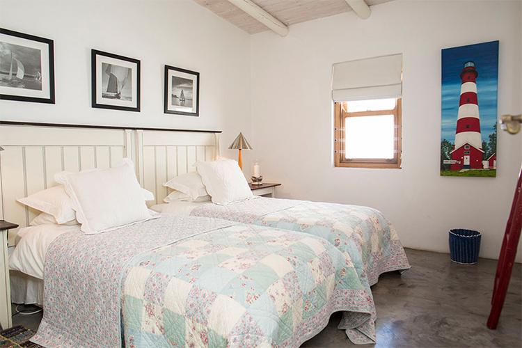 Pet-Friendly Getaways Western Cape: Sugar Shack Bedroom