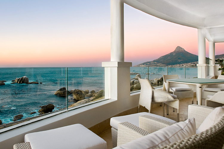 Pet-Friendly Getaways Western Cape: The Twelve Apostles Terrace
