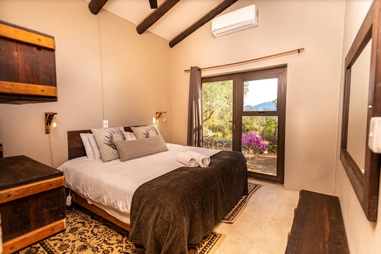 Wolfkop Special Cottage Room